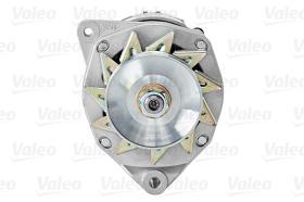 Valeo 439233 - ALT.12/60A KHD/DEUTZ F-3L 4 ESPAR.
