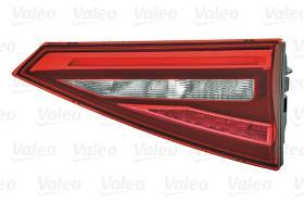 Valeo 047066 - PIL.TRS.IZQ.MALETERO LED INFINITI